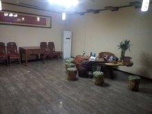 贵和花园,多层1楼,3室1厅太阳能、空调、床暖气